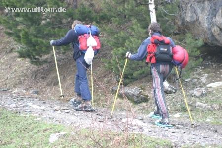 Parc Nacional D'Aigüestortes - Wanderer mit Schneeschuhen