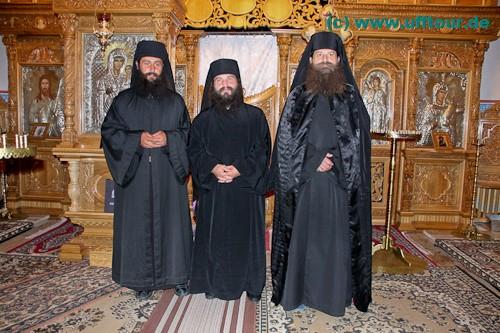 Kloster Edenul - Fototermin mit den Mönchen