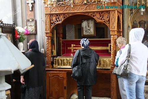 Reliquien-Verehrung im Kloster Bistrita
