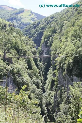 Hängebrücke von Holzarte